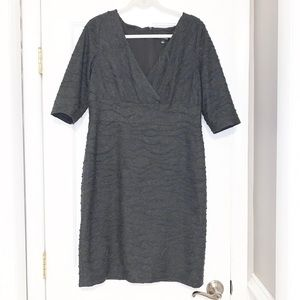 Adrianna Papel sleeved dress with v-neck